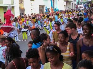 Arrollando con la conga cubana