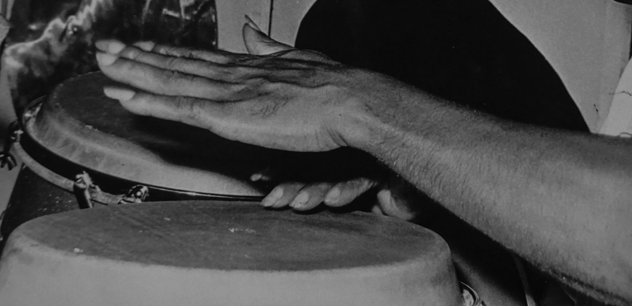 Tata Güines hands playing congas