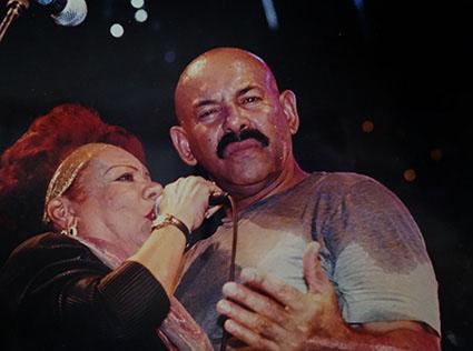 Migdalia and the salsa man Oscar D' León
