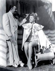 Xavier Cugat en Hollywood con la actriz Esther Williams